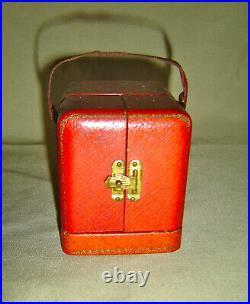 Adorable Petit Réveil Époque Art Deco Métal Rouge Dans Son Ecrin W. Zeiger