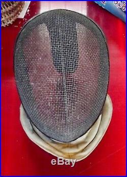 Ancien Masque Casque d'escrime Vintage objet de collection art duel deco lampe