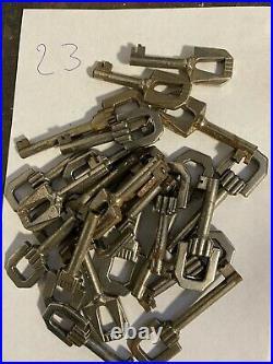 Ancien Stock Lot 178 Clefs Clés Keys Lock ART DECO porte d'armoire, meuble Nos