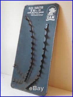 Ancien présentoire à clefs de garage. SAM