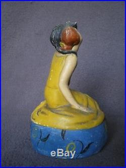 Ancienne boite a Poudre DUCHESNE Femme & chat art deco vintage powder box statue