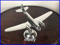 Avion DC3 en alu chromé 36 x 27 cm
