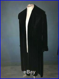 Manteau couture époque Art déco en velours noir
