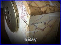 Merveilleuse horloge pendule à poser Art deco 1930´s marbres veinés fonctionne