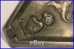Rare et Ancien cendrier Art déco-années 1930-décor Faune -
