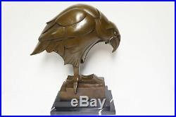 Statue Aigle Oiseau Animalier Style Art Deco Style Art Nouveau Bronze massif Sig
