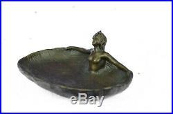 Vintage Chair Lady Dancer Art Statue Armor Bronze Cendrier Pièce Plateau de Déco