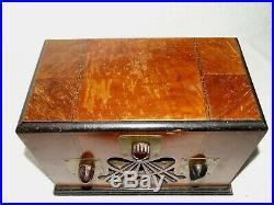 WELLS GARDNER ART DECO Radio TSF collection Old bakelite and wood radio